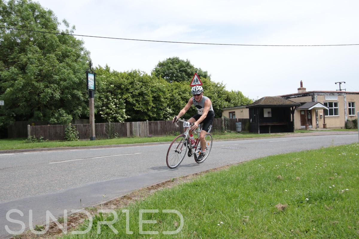 Southend-Triathlon-Cycle-Photos-in-Barling-Corner-167.jpg