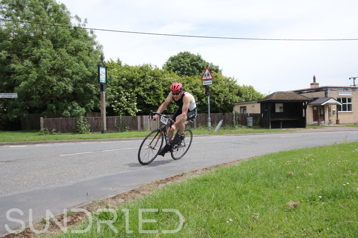 Southend-Triathlon-Cycle-Photos-in-Barling-Corner-173.jpg