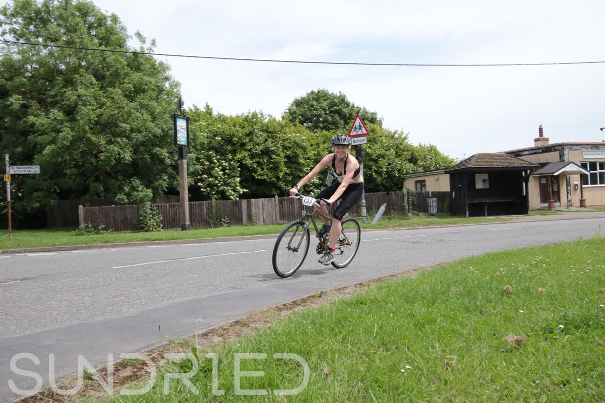Southend-Triathlon-Cycle-Photos-in-Barling-Corner-174.jpg