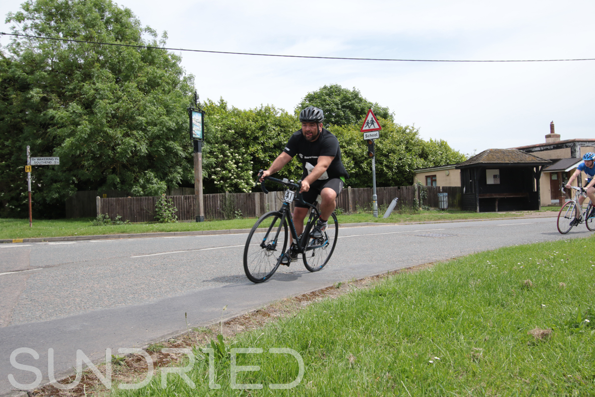 Southend-Triathlon-Cycle-Photos-in-Barling-Corner-175.jpg