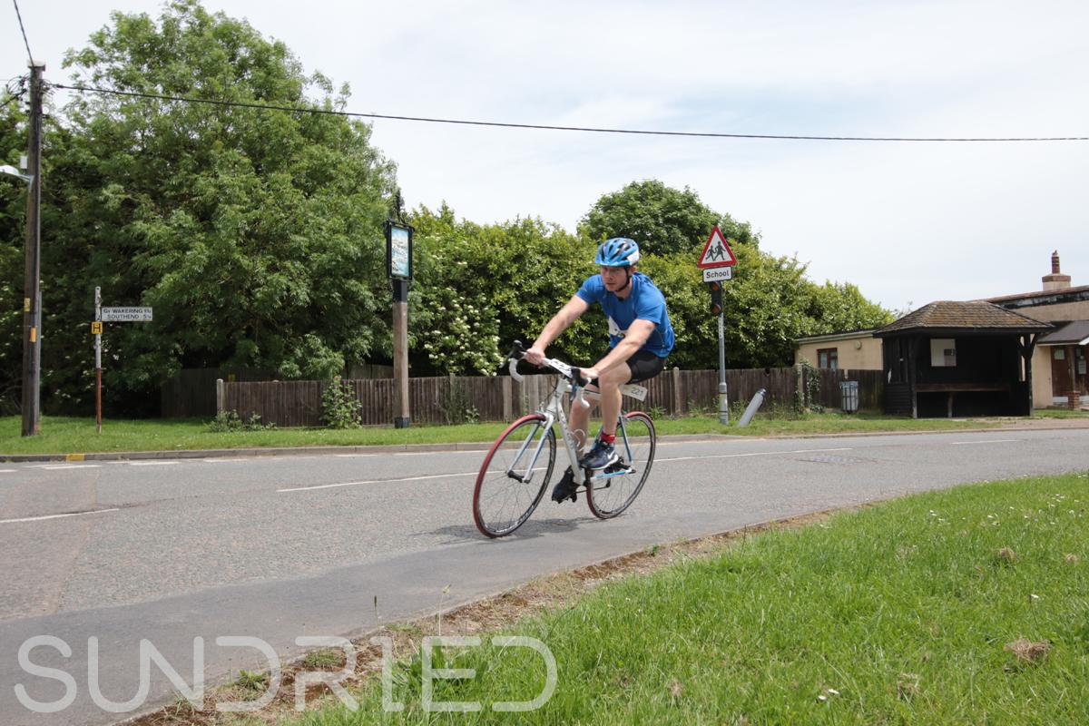 Southend-Triathlon-Cycle-Photos-in-Barling-Corner-176.jpg