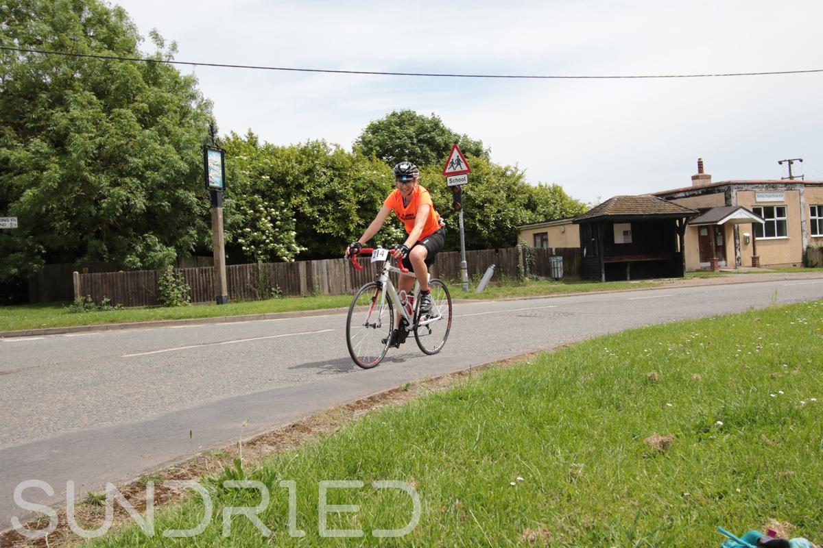 Southend-Triathlon-Cycle-Photos-in-Barling-Corner-187.jpg
