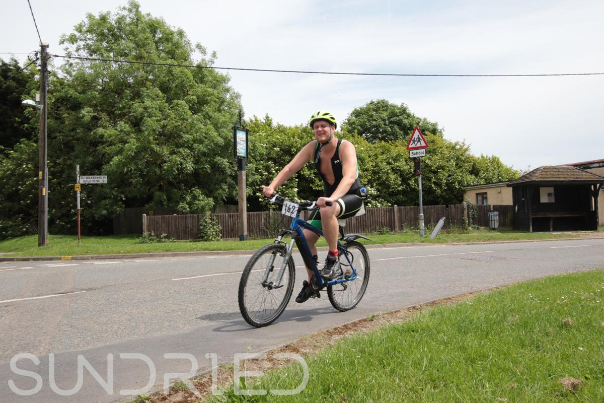 Southend-Triathlon-Cycle-Photos-in-Barling-Corner-189.jpg