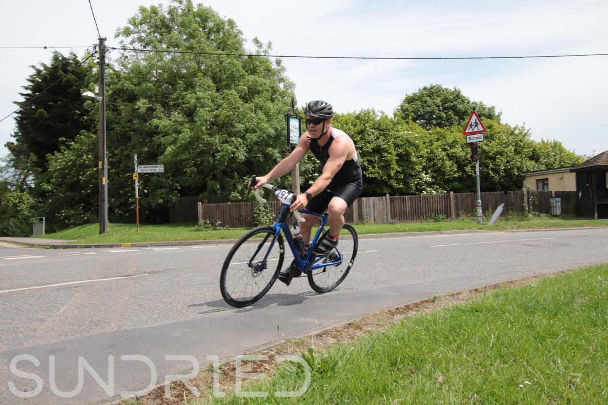 Southend-Triathlon-Cycle-Photos-in-Barling-Corner-191.jpg