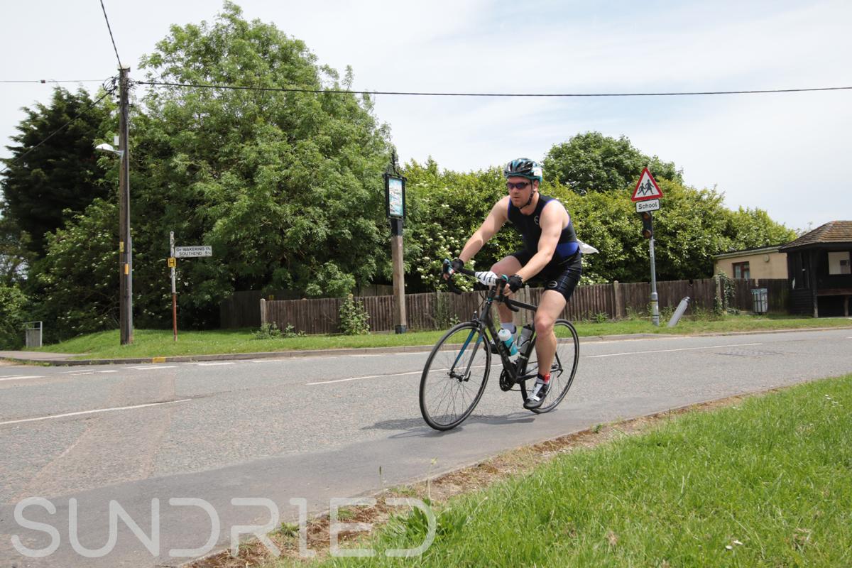 Southend-Triathlon-Cycle-Photos-in-Barling-Corner-193.jpg
