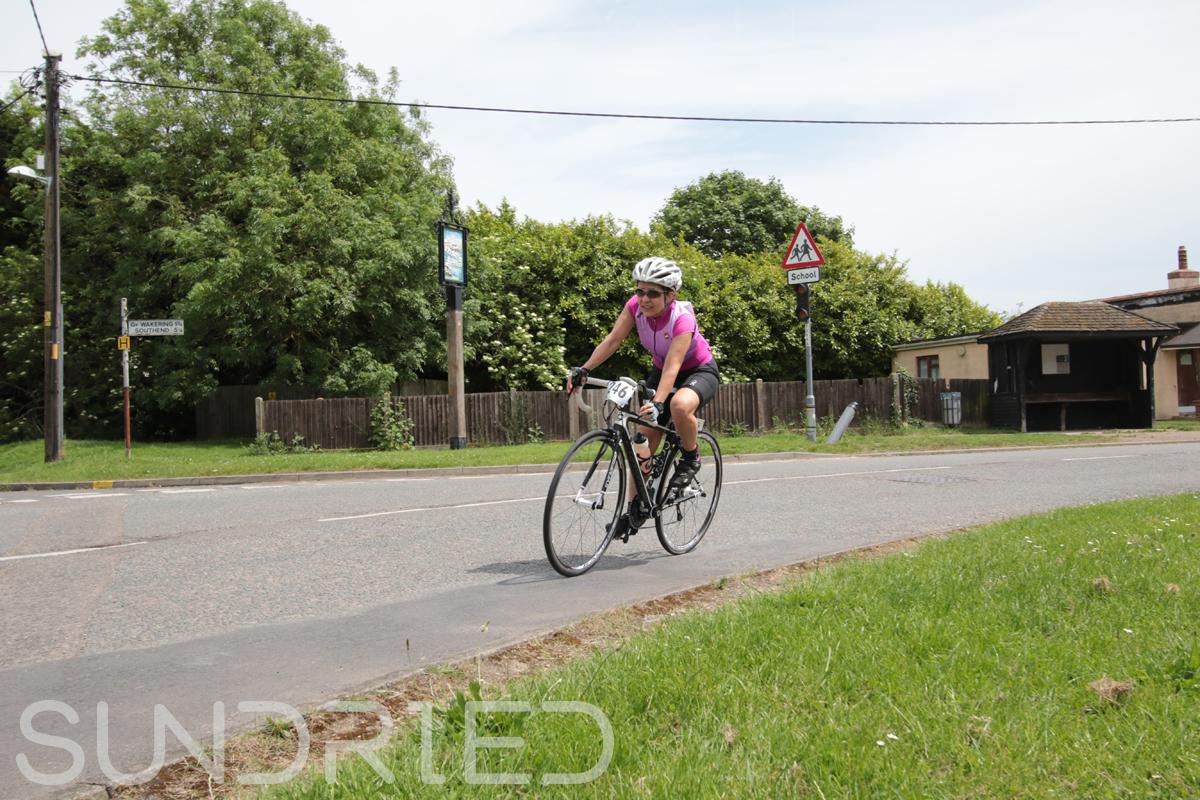 Southend-Triathlon-Cycle-Photos-in-Barling-Corner-194.jpg