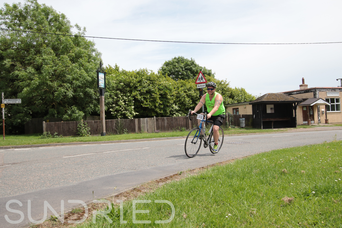 Southend-Triathlon-Cycle-Photos-in-Barling-Corner-196.jpg