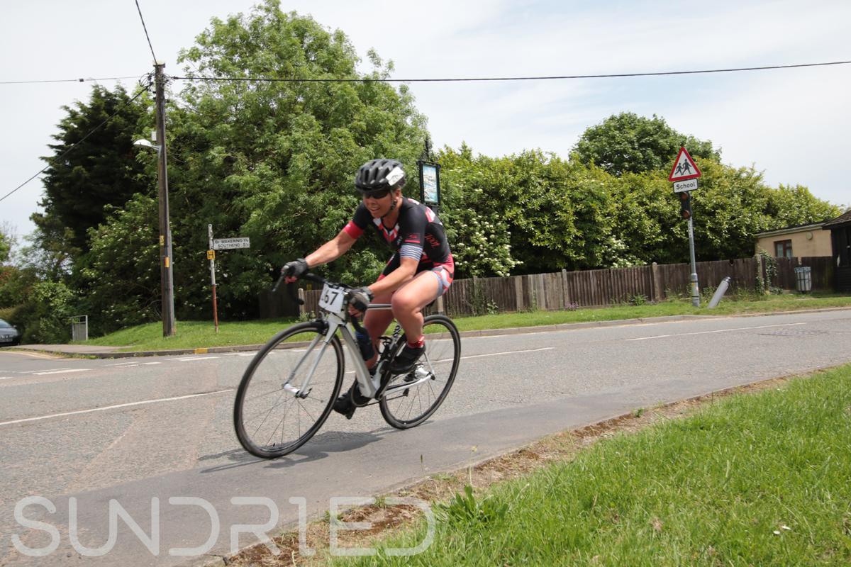 Southend-Triathlon-Cycle-Photos-in-Barling-Corner-195.jpg