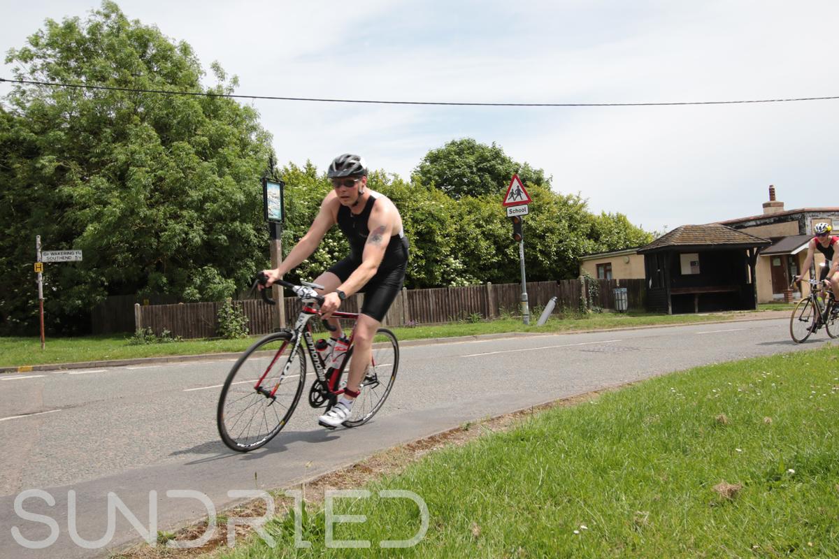 Southend-Triathlon-Cycle-Photos-in-Barling-Corner-198.jpg