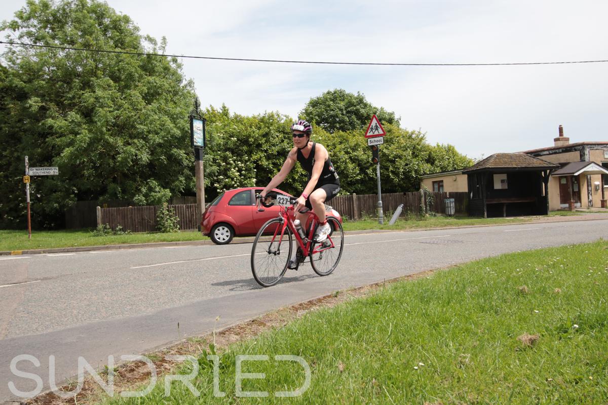 Southend-Triathlon-Cycle-Photos-in-Barling-Corner-207.jpg