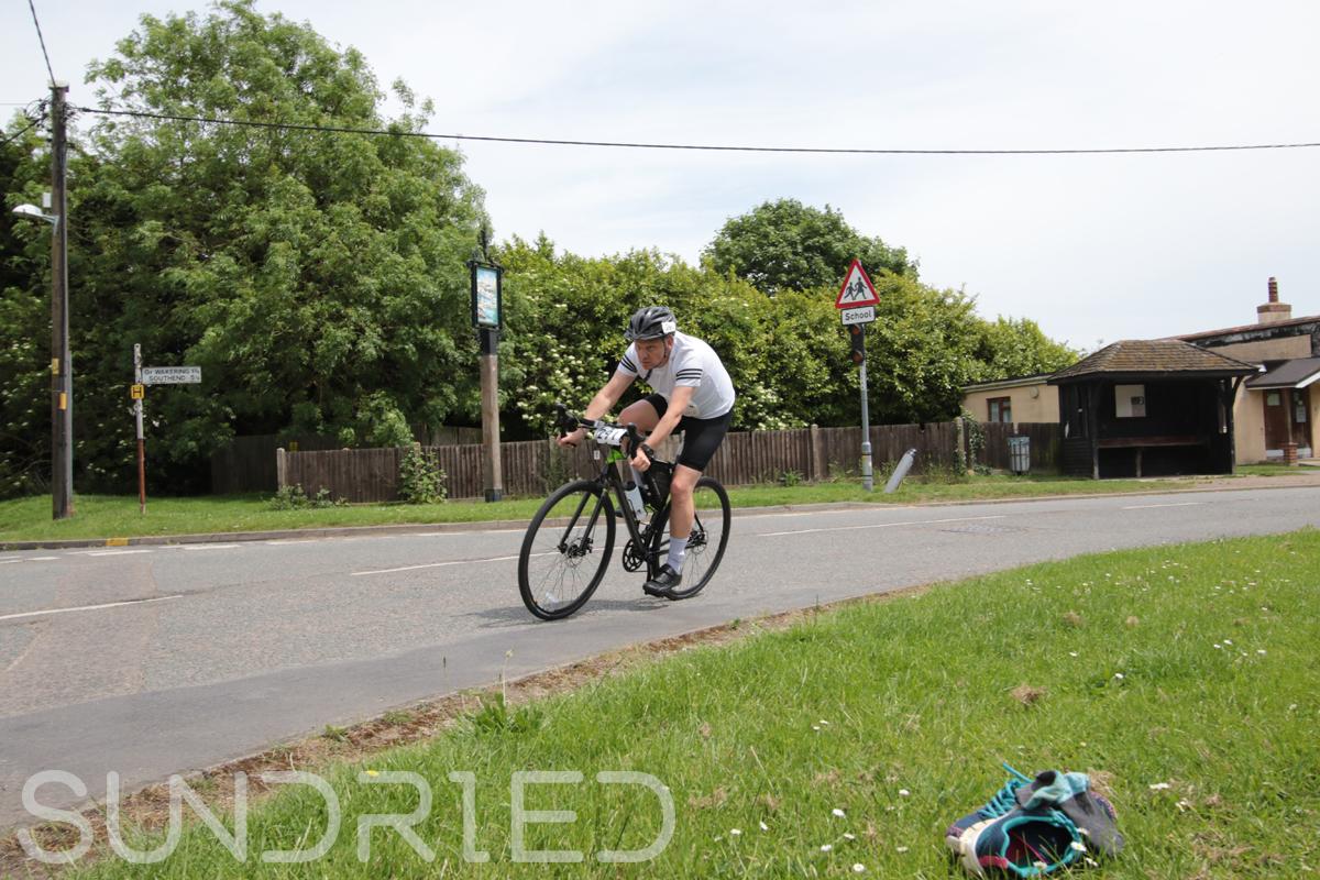 Southend-Triathlon-Cycle-Photos-in-Barling-Corner-214.jpg
