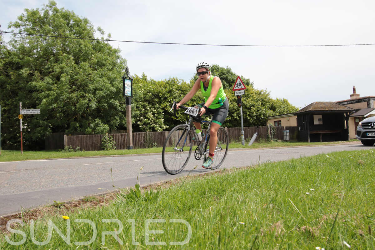 Southend-Triathlon-Cycle-Photos-in-Barling-Corner-222.jpg