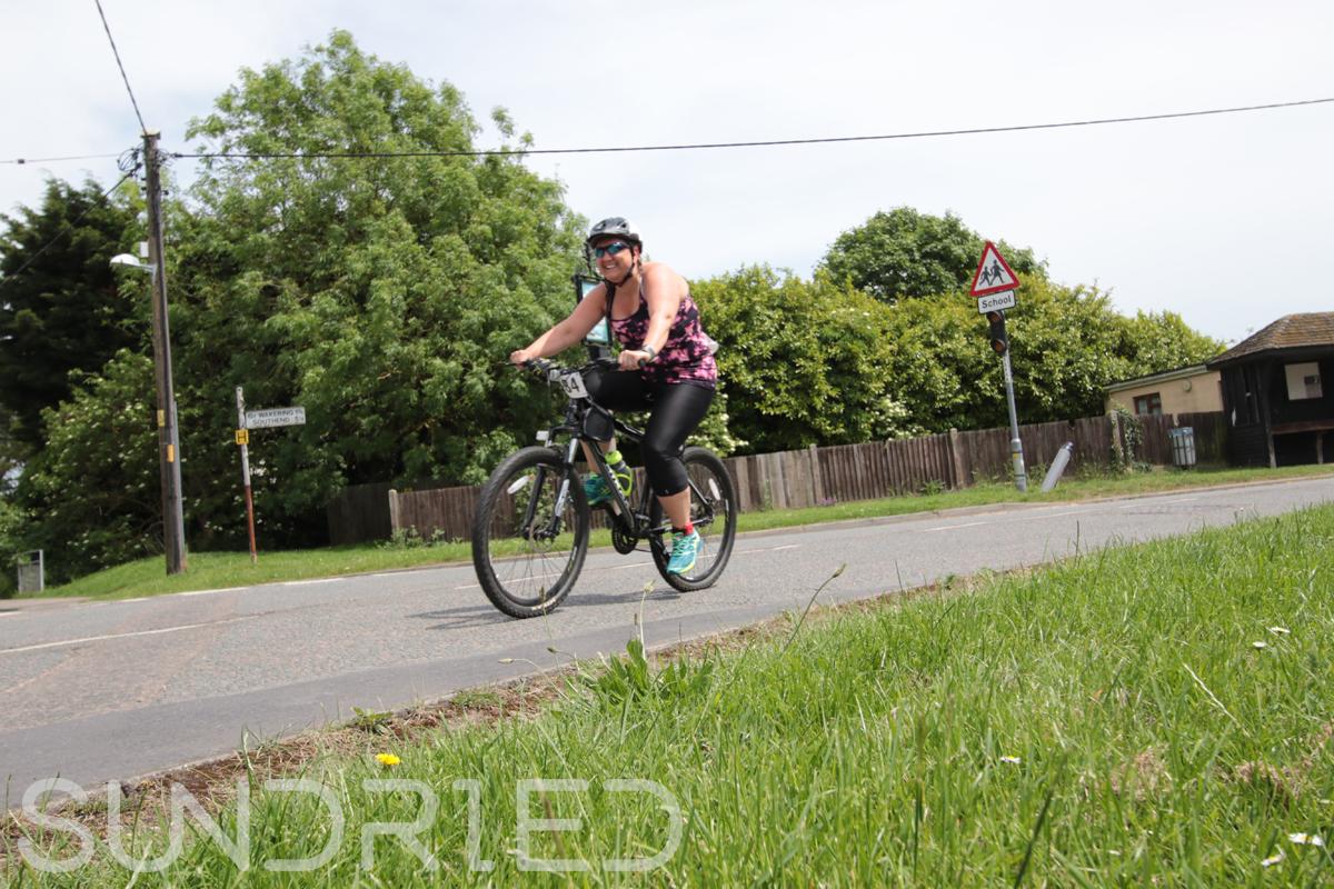 Southend-Triathlon-Cycle-Photos-in-Barling-Corner-228.jpg