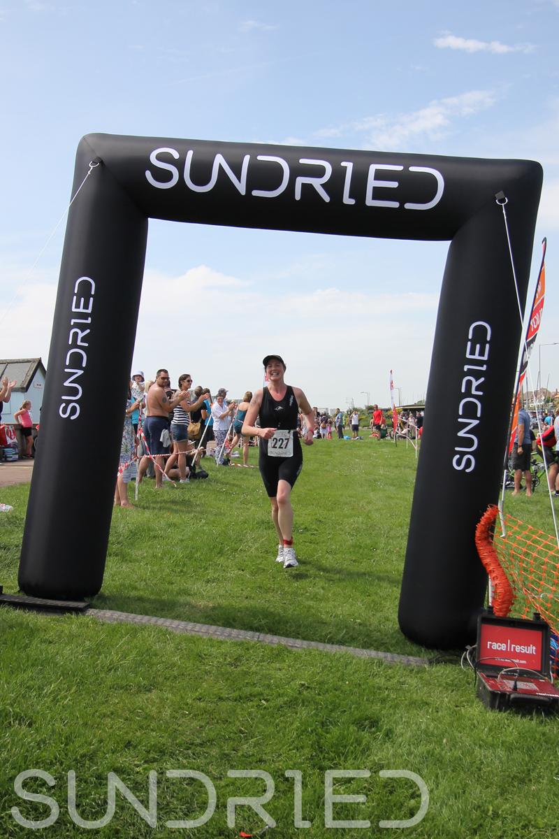 Sundried-Southend-Triathlon-Run-Finish-034.jpg