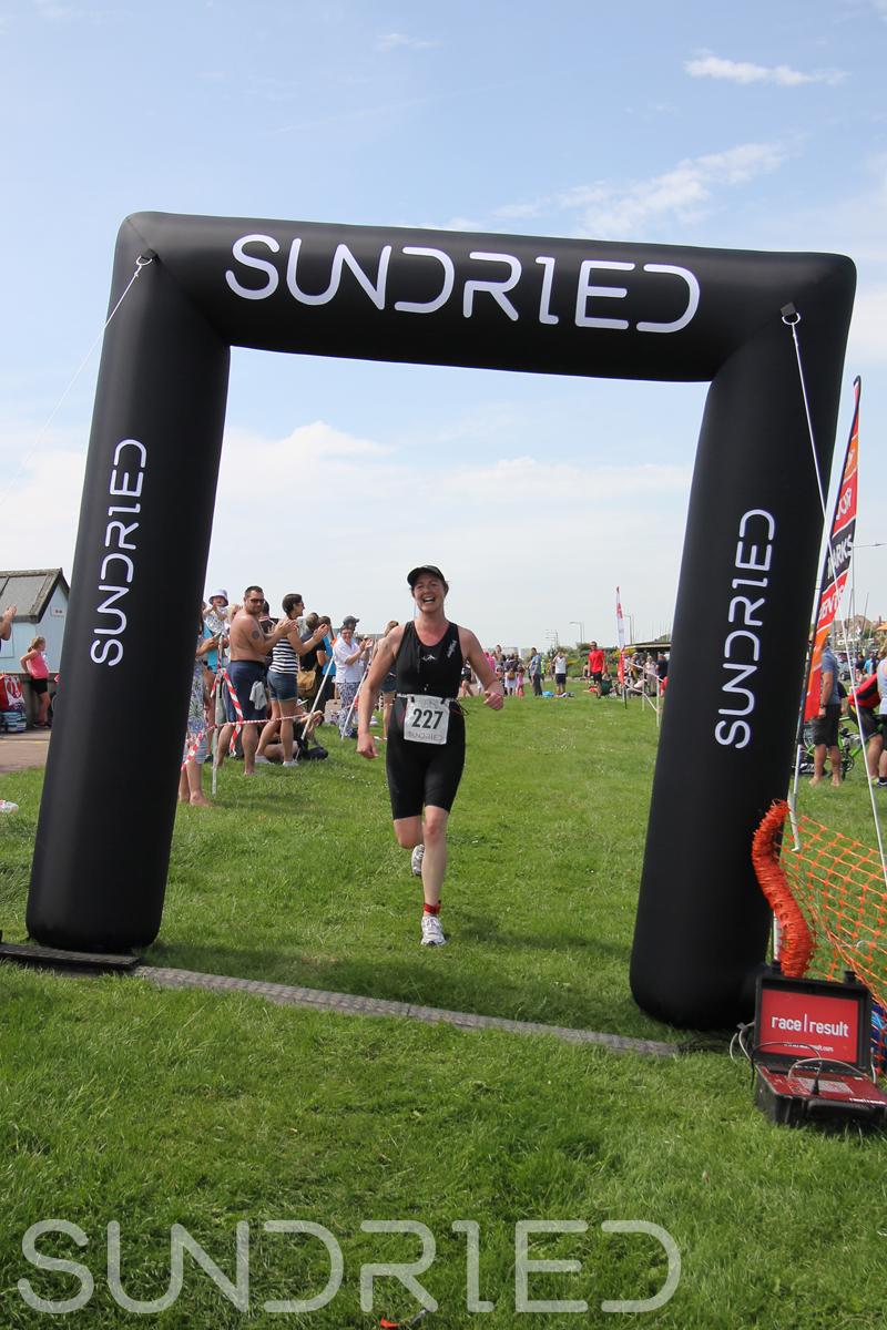 Sundried-Southend-Triathlon-Run-Finish-035.jpg