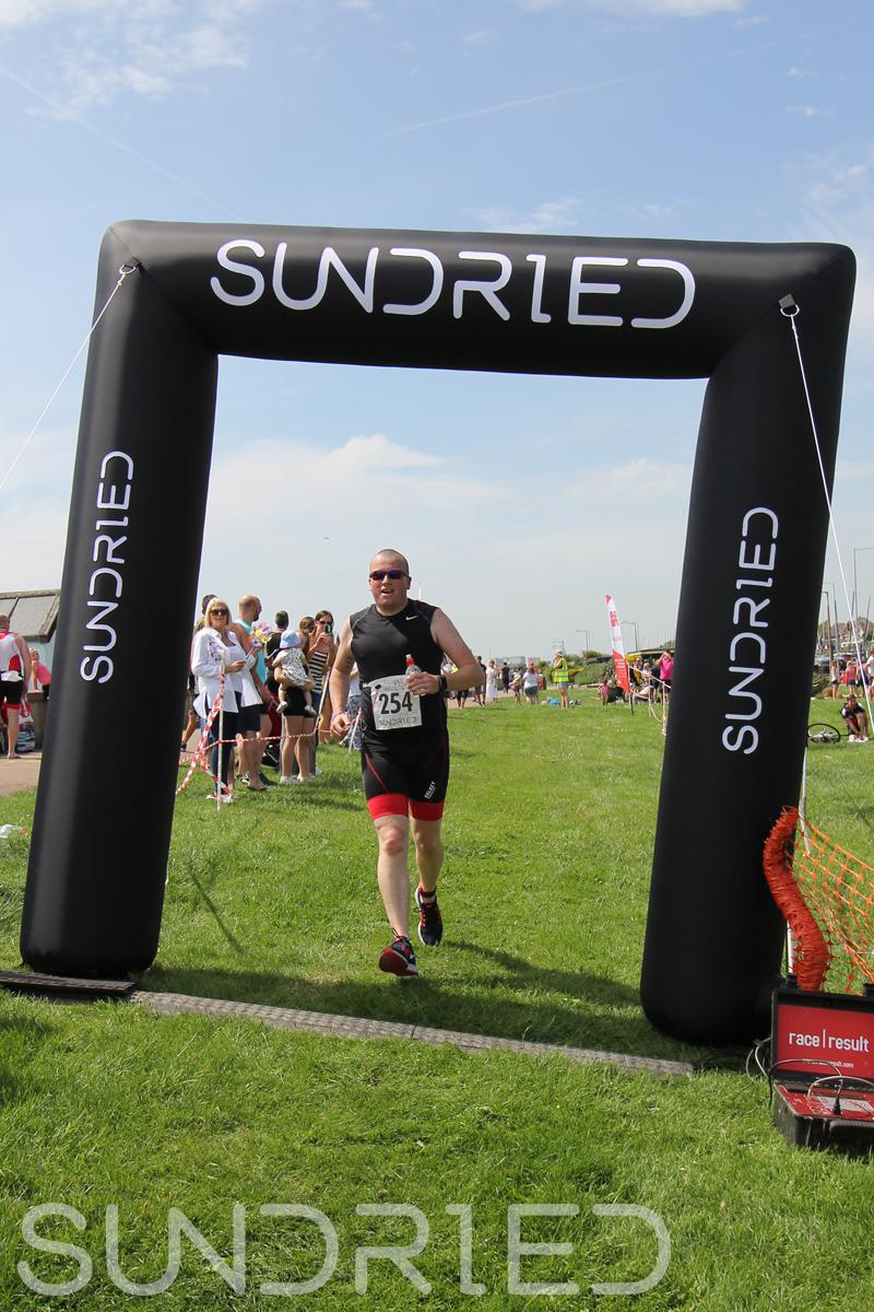 Sundried-Southend-Triathlon-Run-Finish-049.jpg