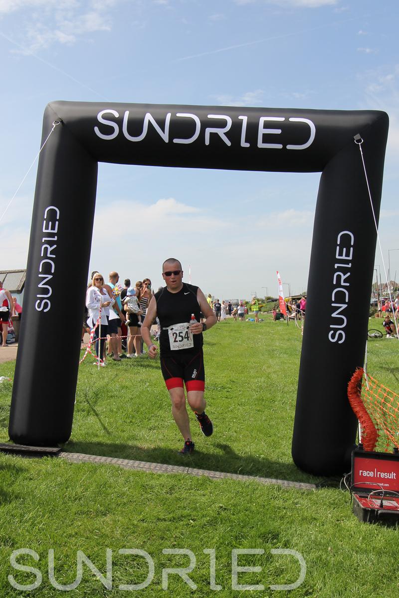 Sundried-Southend-Triathlon-Run-Finish-050.jpg