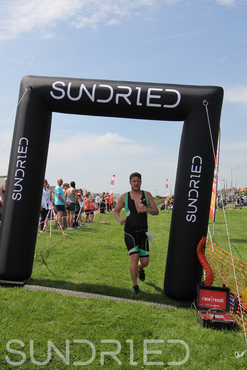 Sundried-Southend-Triathlon-Run-Finish-057.jpg