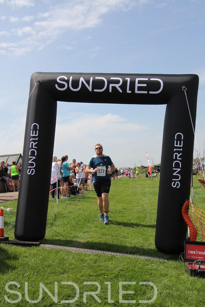 Sundried-Southend-Triathlon-Run-Finish-062.jpg