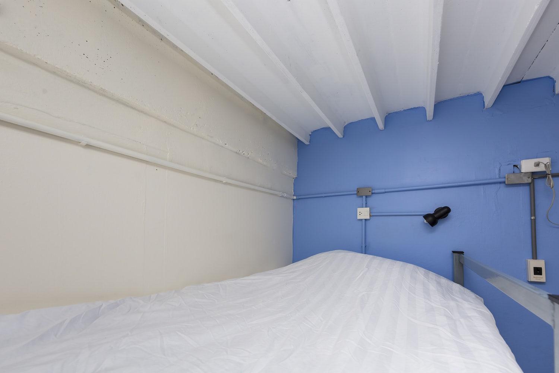 6-bed-dorm-hostel-dorm-room-8.jpg