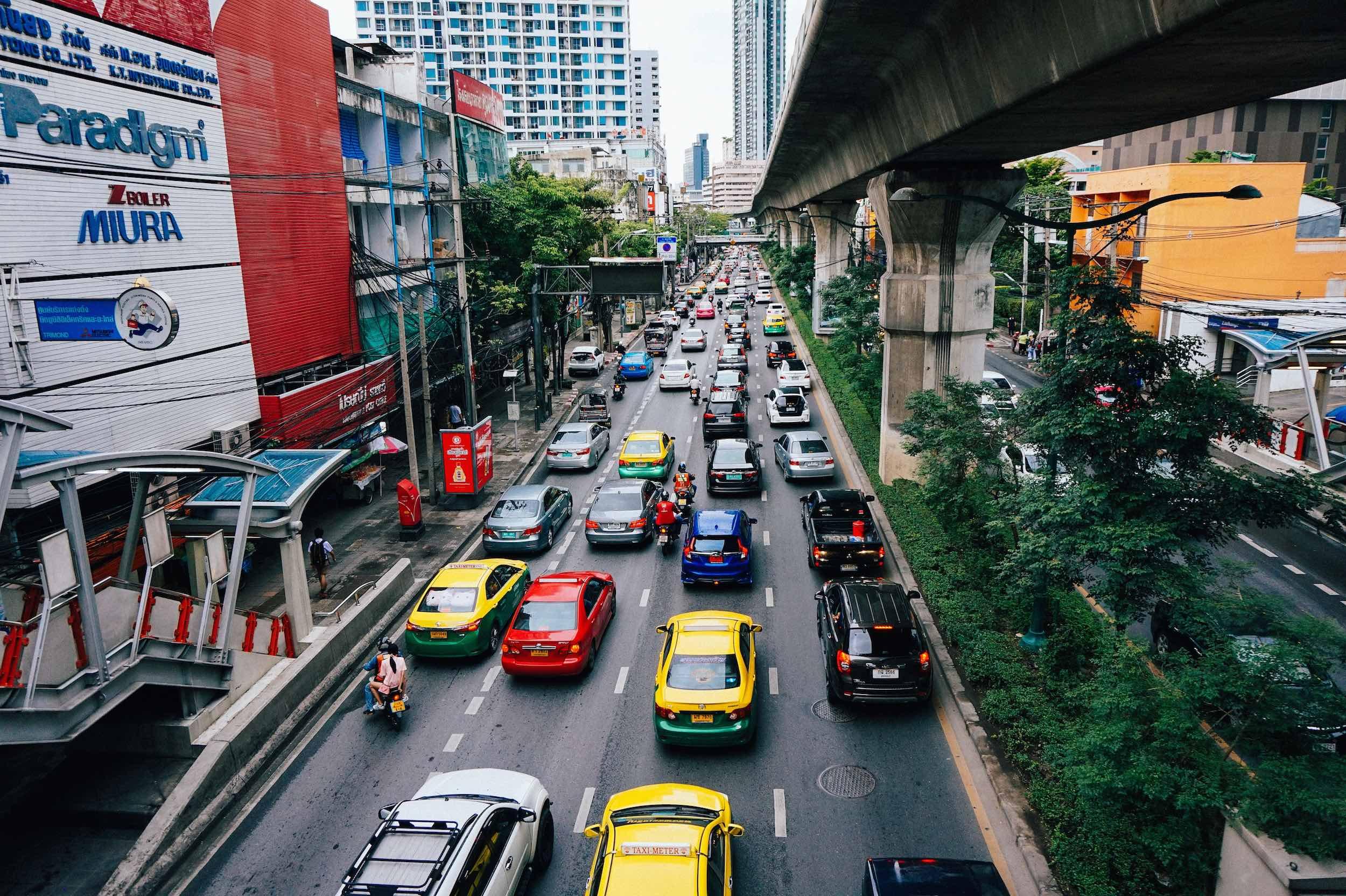 Bangkok_traffic_taxis_travel_bangkok.jpg