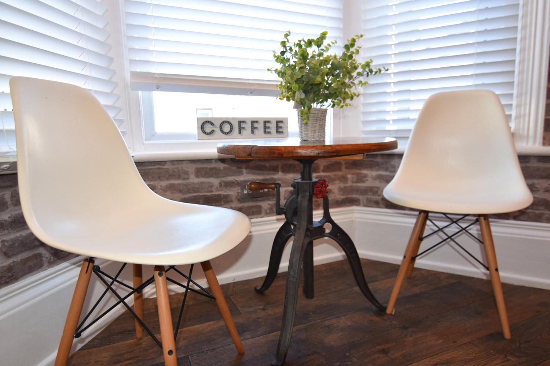 Coffeeshop5-sml.jpg