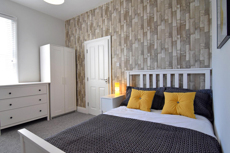 Room2pic2-sml.jpg