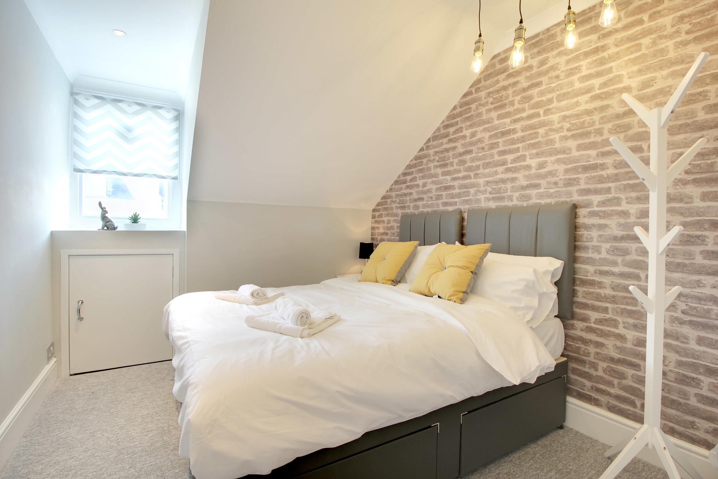 Bedroom 2 image 3.jpg