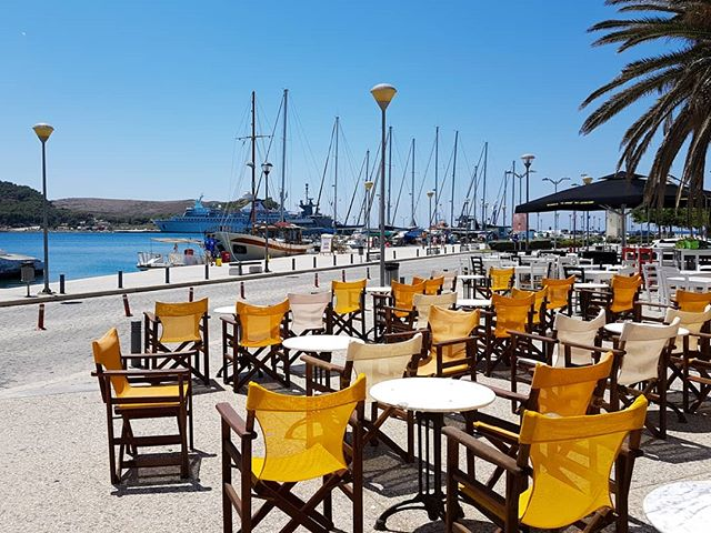 Sitting at a kafeneio or cafe on Limnos' harbour with a cold frappe (without milk & medium sugar)  #limnos #greece #greekislands #summerlife #summerfun #lemnos #greekholidays #greeksummer #greecelovers #beautifulgreece #exploregreece #summeringreece #travelgreece #visitgreece #igersgreece #wu_greece #ellada #eros_greece #aegean #aegeansea #aegeanislands #slowtravel #solotravel #nomadlife #mylpguide #mygreece #greecestagram