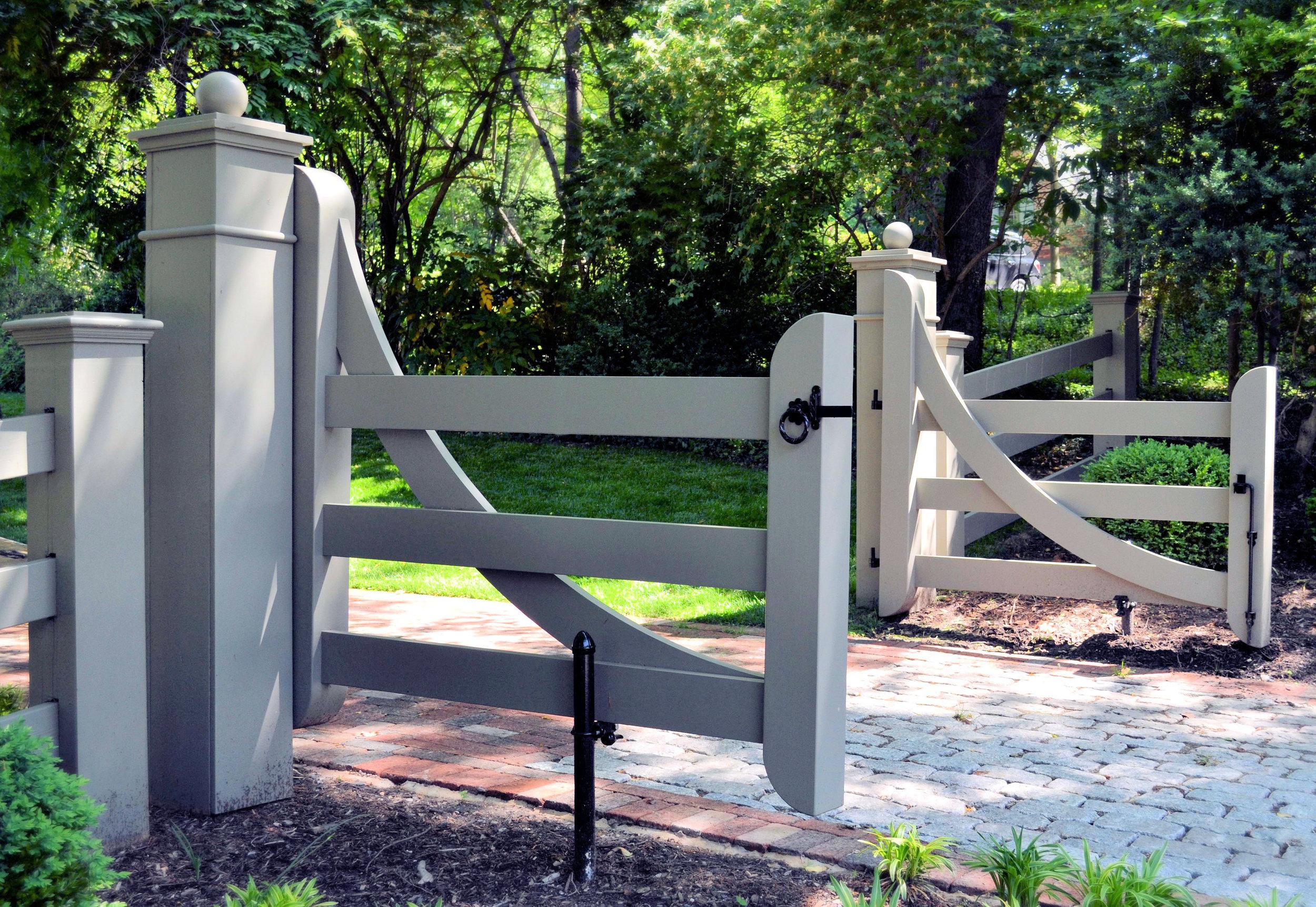 Gate0.jpg