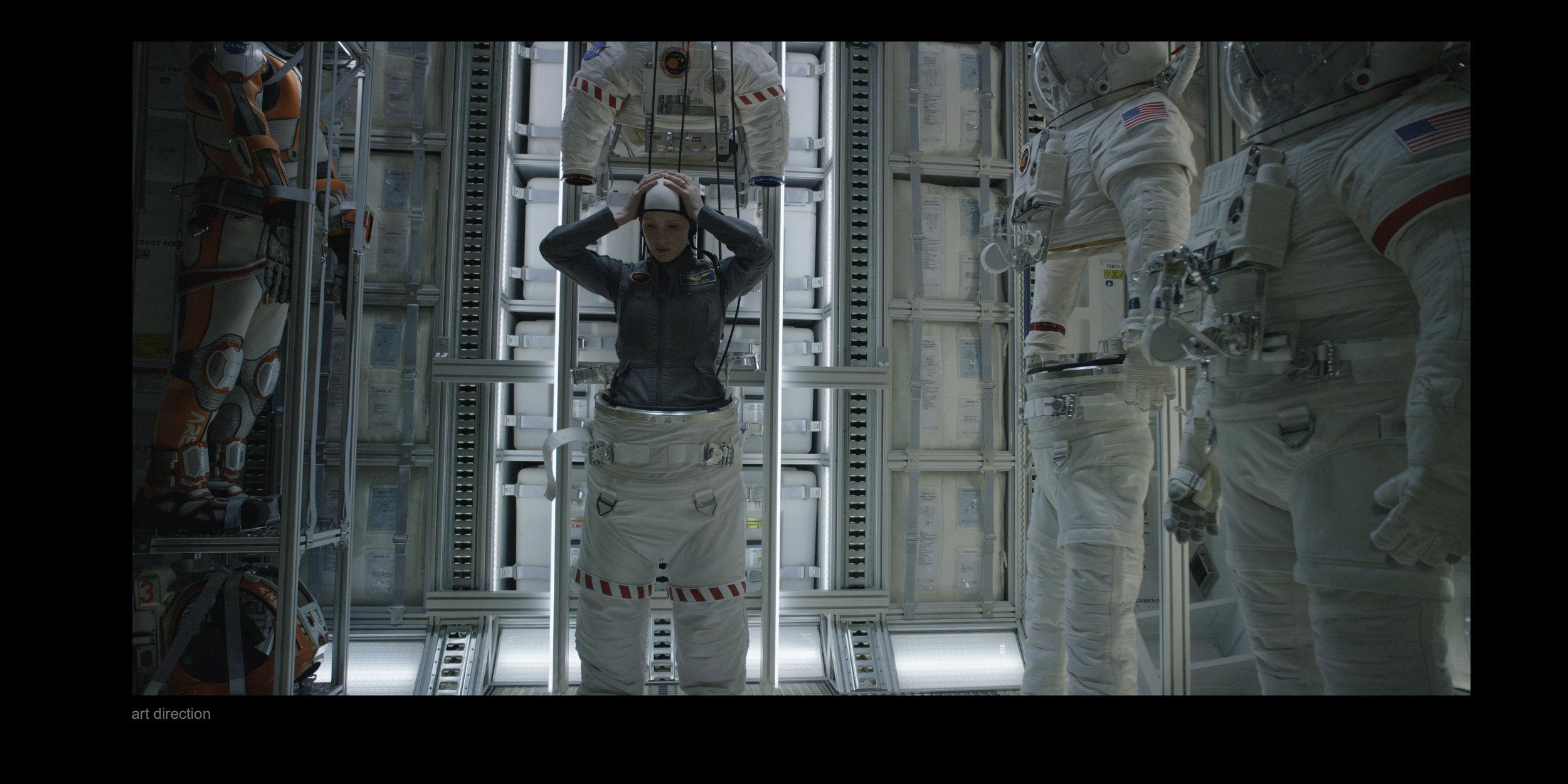 airlock 1 suit room set.jpg