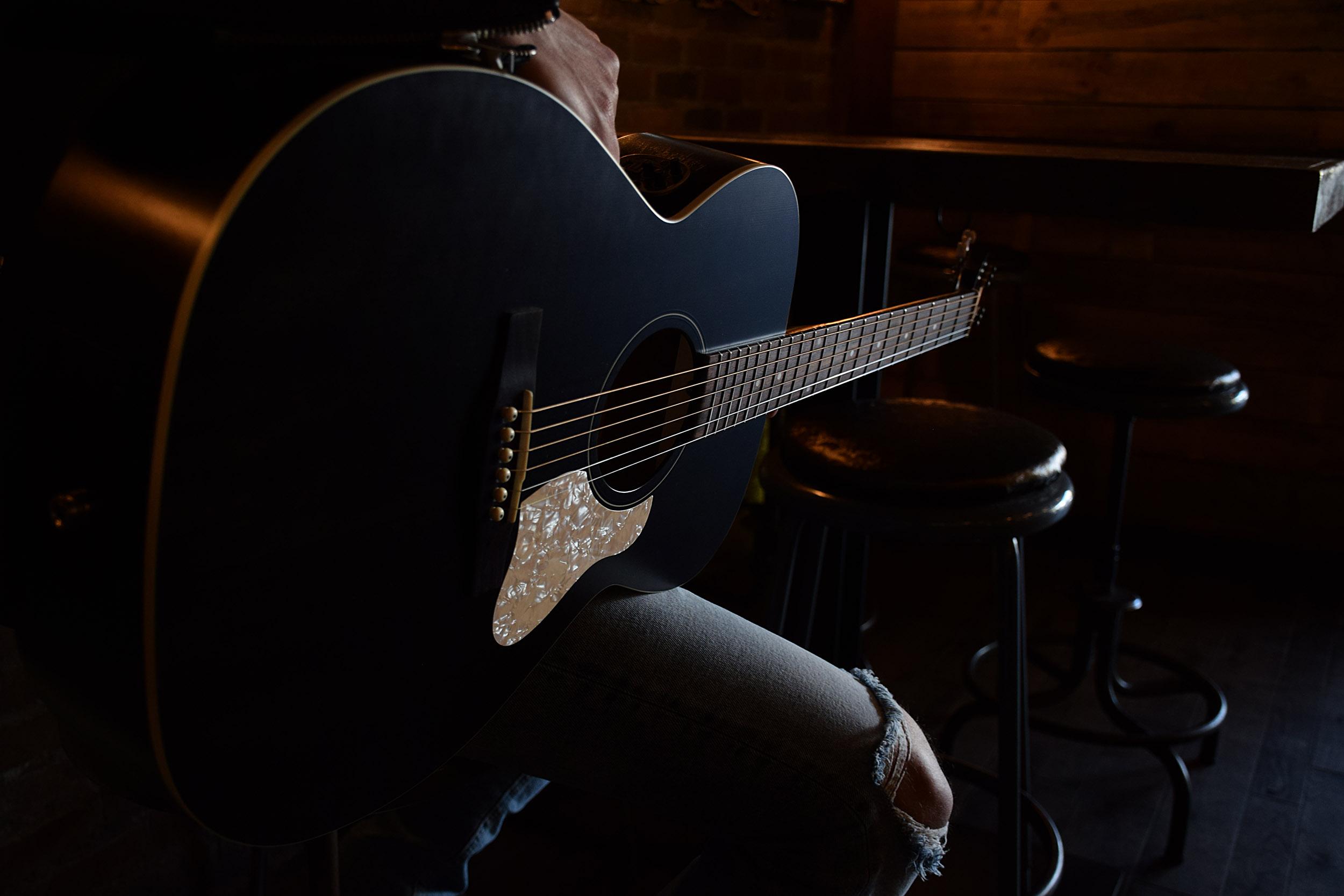 Художественные фотографии гитар