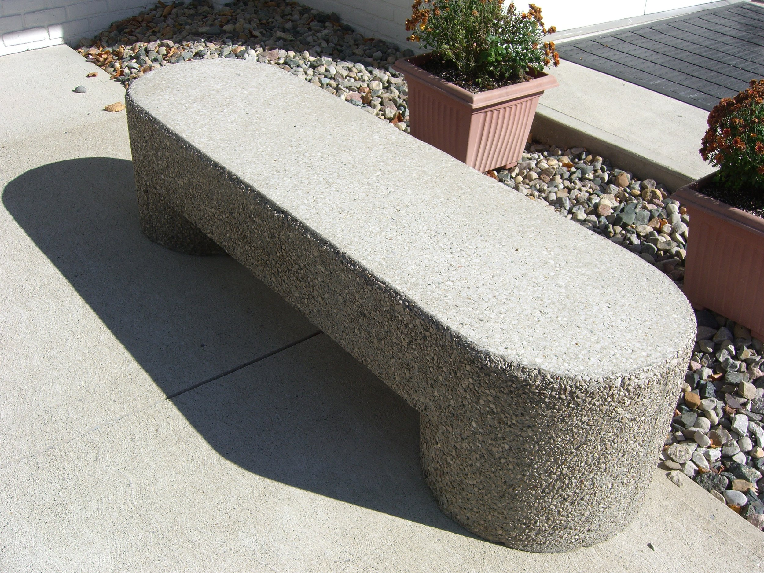 Sculptured Bench (White Finish)