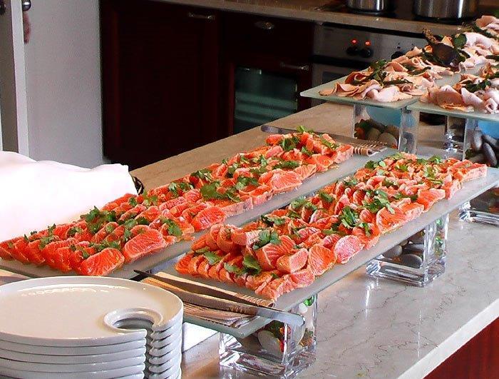 buffet lohi.jpg