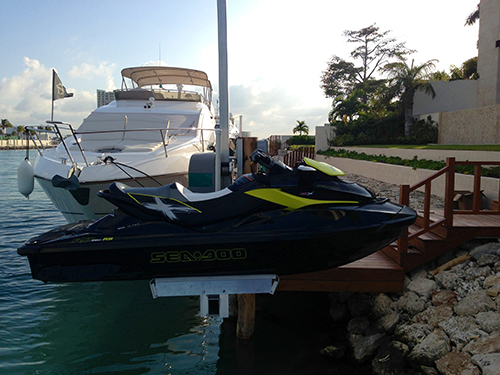 1500 PWC Personal Watercraft Lift