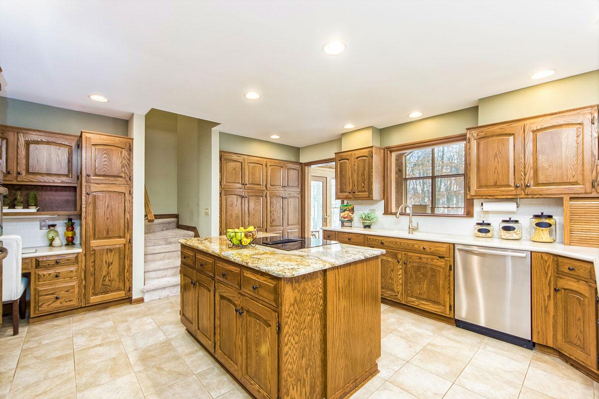 kitchen-optimized.jpg
