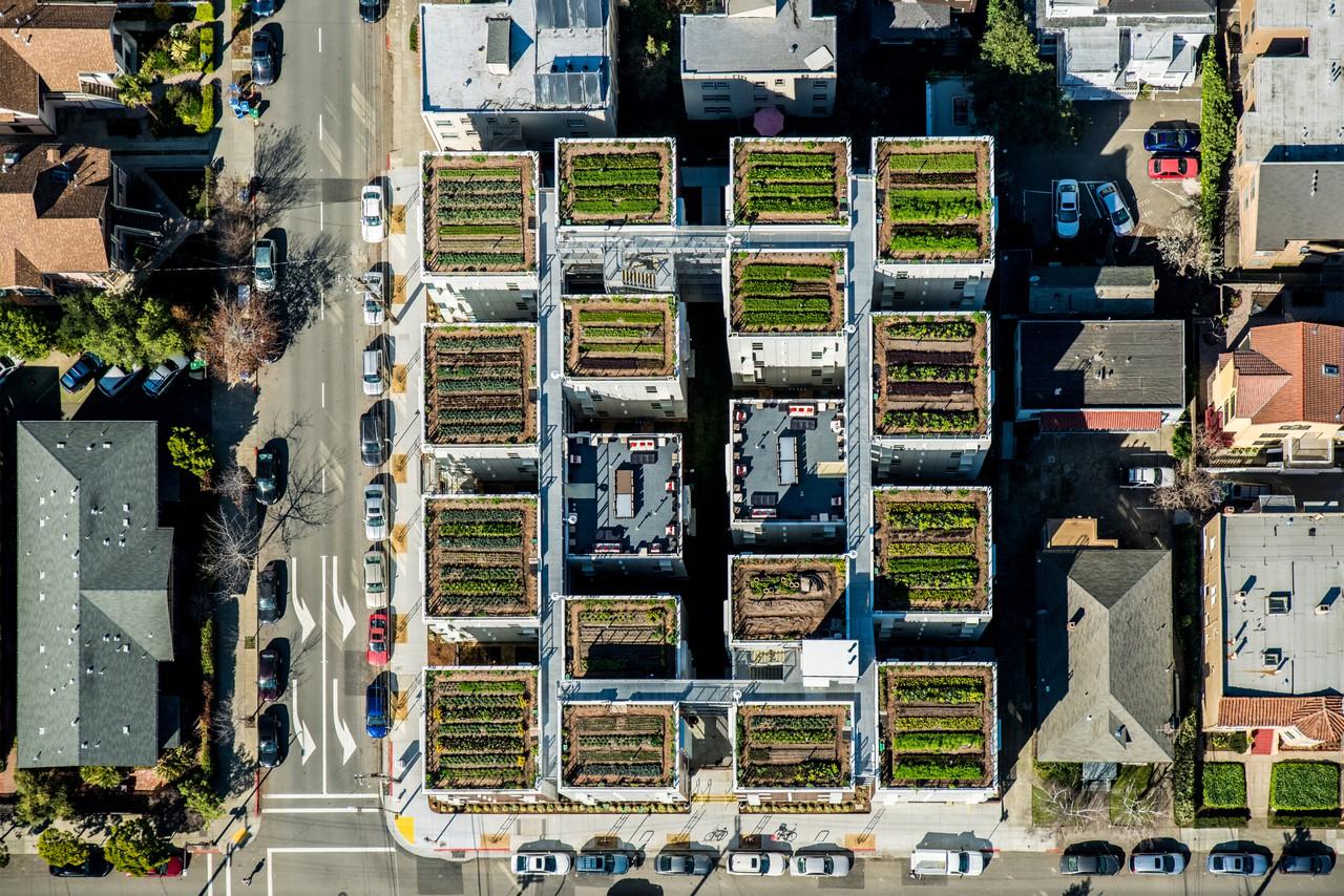 garden-village-dwight-stanley-saitowitz-natoma-architects-inc-aerial6-1280.jpg