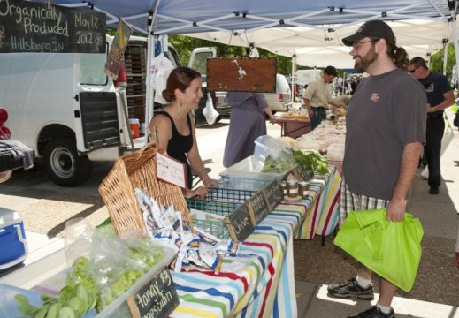 Farmers markets in larger cities are supporting a new, younger faction of American farmers.   Credit: Purdue University/Mark Simons