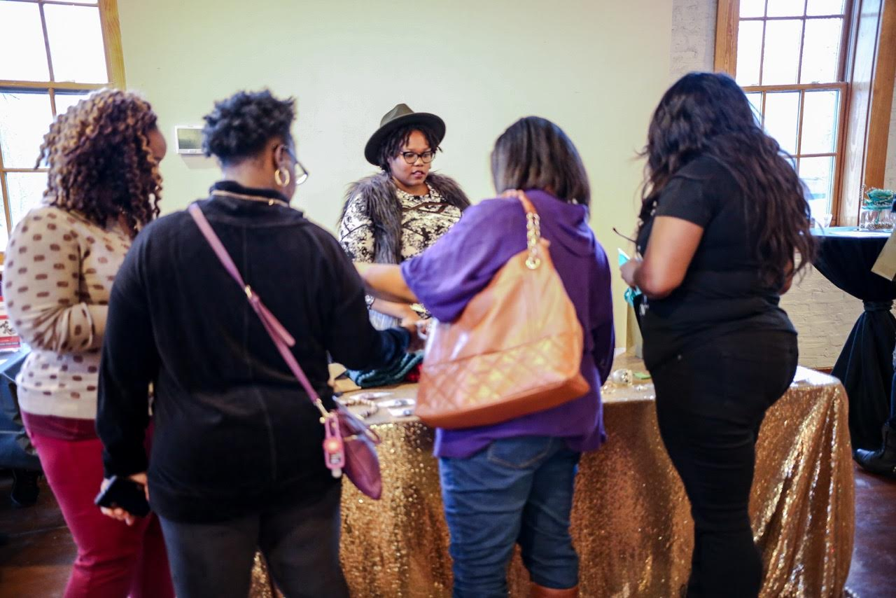 As you can see, they have the best handmade accessories! And the guest just loved them! Go over to the website now, you won't be disappointed!   www.doohickycraftique.com