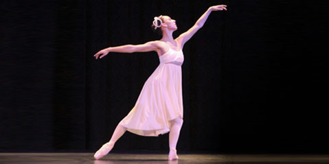 From Student to Teacher, Julia Galanski Returns to The Ridgefield School of Dance May 30, 2017