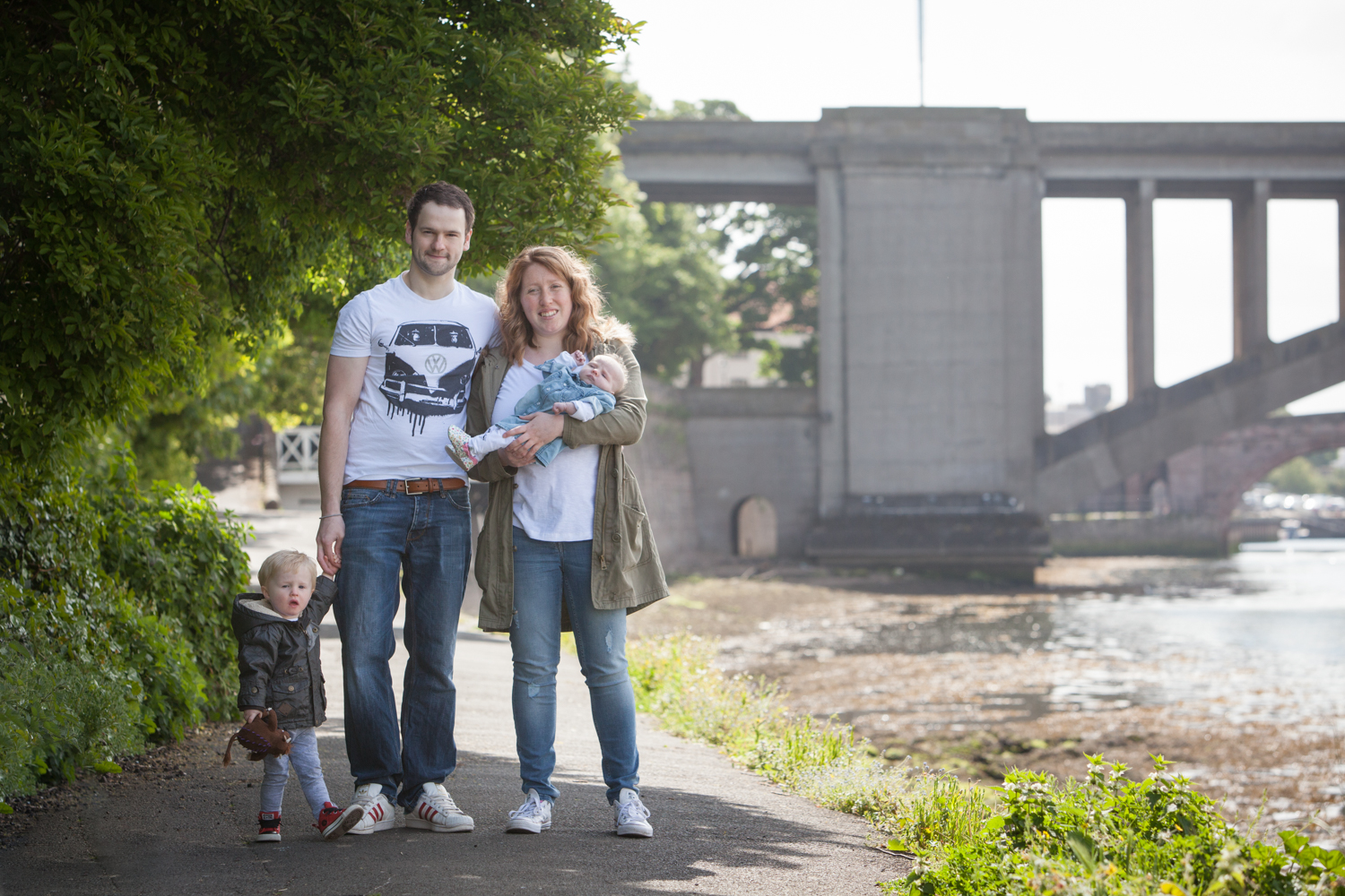 PICTORIAL_BERWICK_child-location-family-session-photoshoot-outdoor-park-river-tweed-bridge-1712.jpg