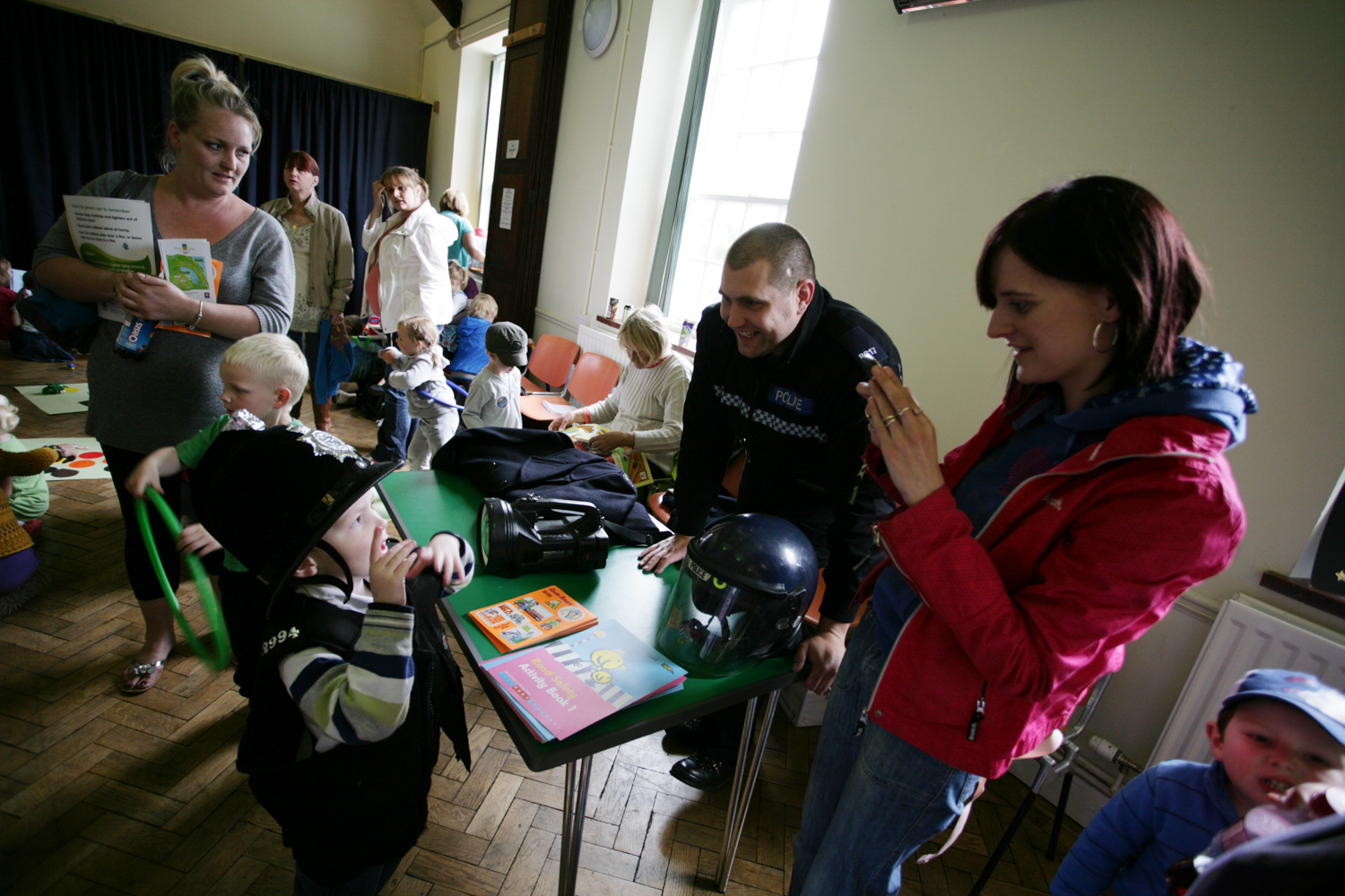 PICTORIAL_BERWICK_bookstart-heatherslaw-funded-day-out-educational-extended-services-lorna-chappell-organised-fire-police-9802.jpg
