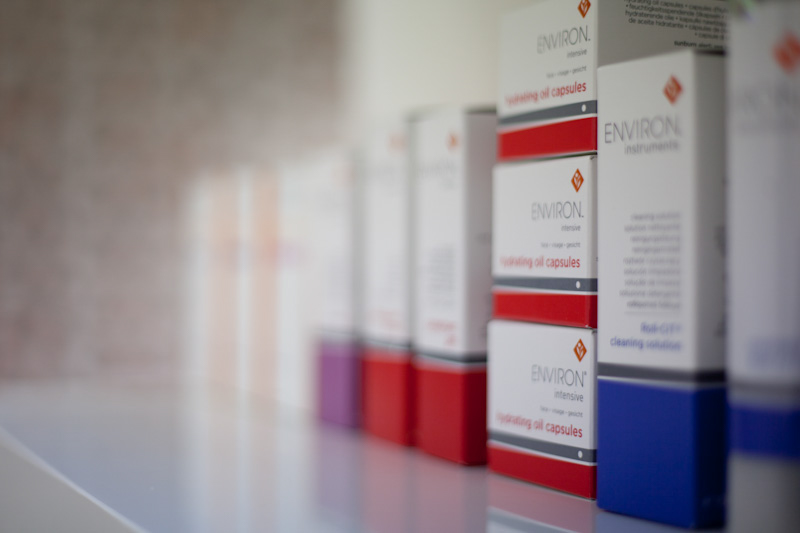 PICTORIAL_BERWICK_product-photography-commercial-face-skincare-quayside-rejuvinating-solutions-beauty-0217.jpg