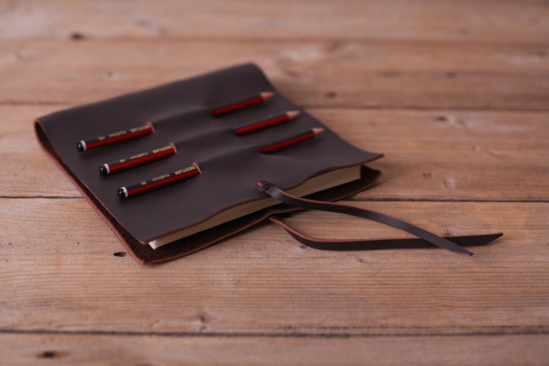 PICTORIAL_BERWICK_julie-lockie-books-gifts-product-craft-5723.jpg