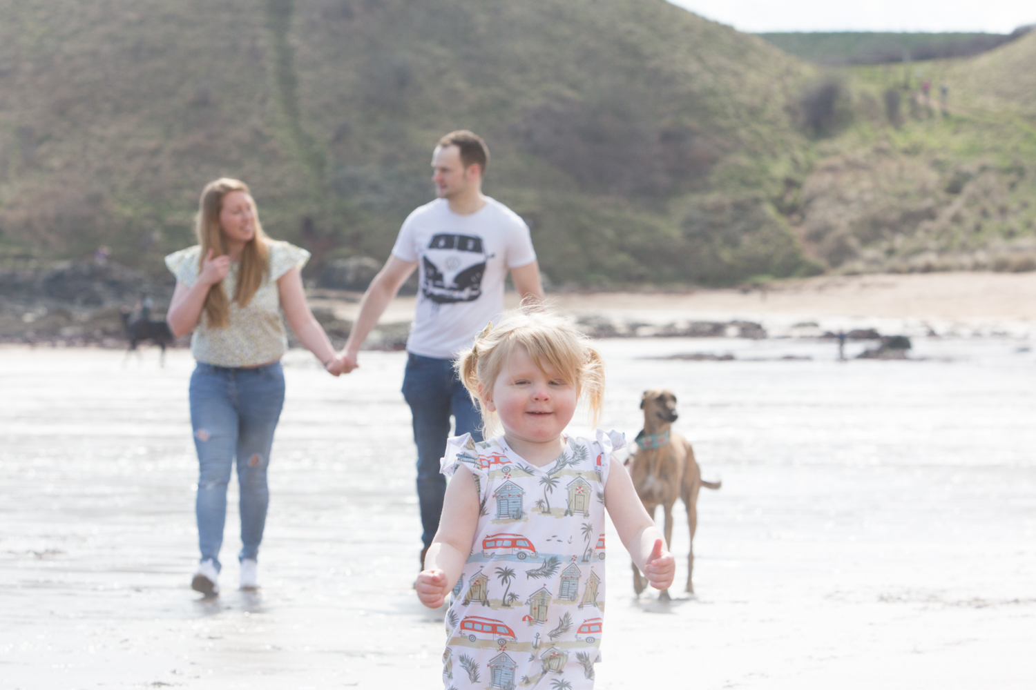 PICTORIAL_BERWICK_pre-wedding-family-couple-shoot-beach-coldingham-bay-birthday-dogs-grandparents-0623.jpg