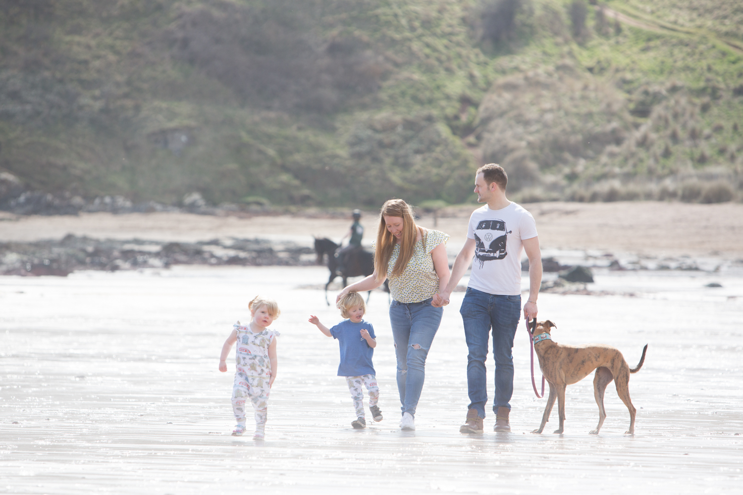 PICTORIAL_BERWICK_pre-wedding-family-couple-shoot-beach-coldingham-bay-birthday-dogs-grandparents-0614.jpg