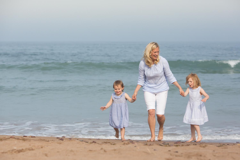 PICTORIAL_BERWICK_family_beach_woods_garden_river_reston_swinton_ayton_coldinham_-0561.jpg
