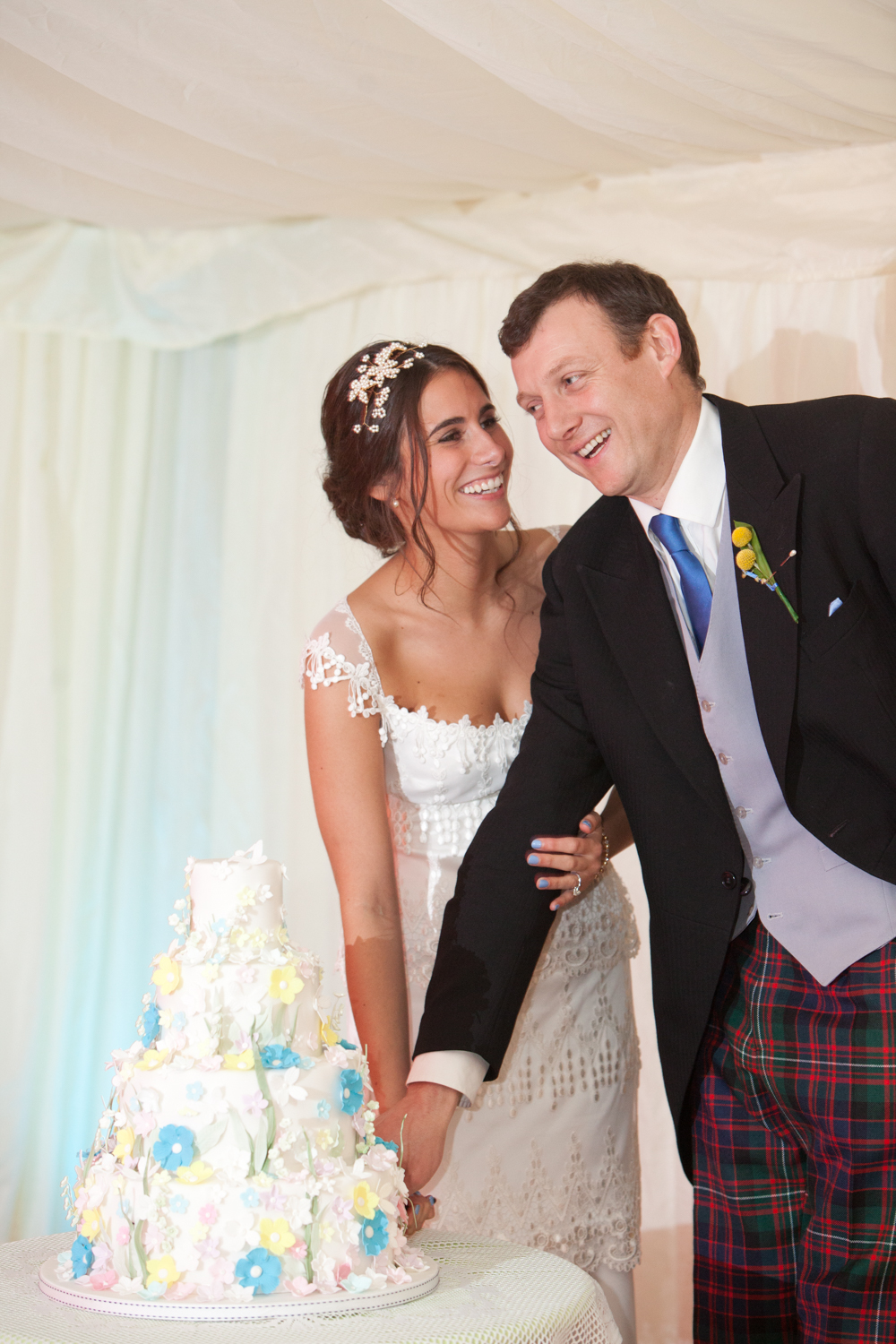 PICTORIAL_BERWICK_WEDDING_FARM_MARQUEE_RAIN_WEATHER_ROTHBURY_MINI_STYLE-6981.jpg