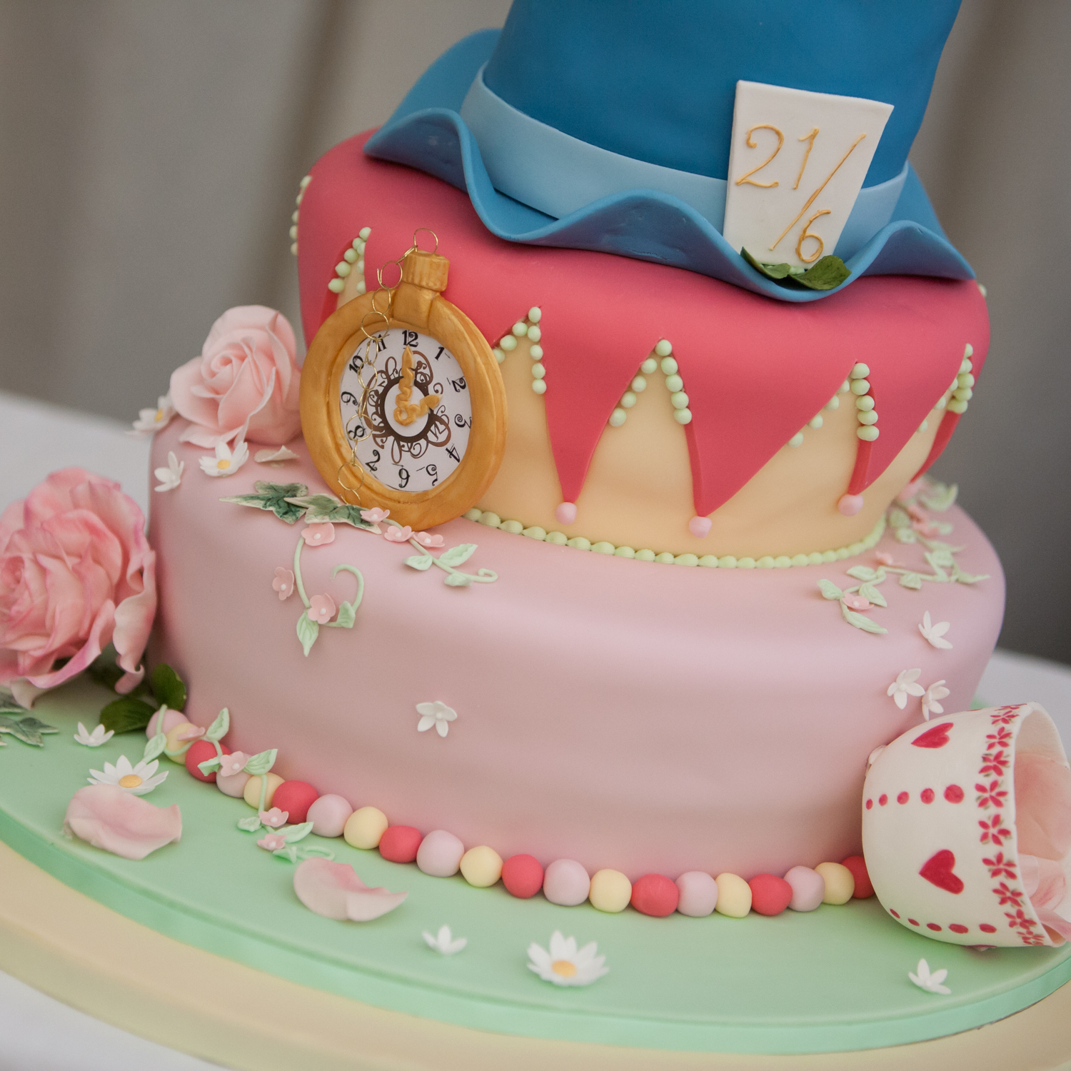PICTORIAL_BERWICK_WEDDING_ALICE_WONDERLAND_MAD_HATTERS_FARM-9328.jpg