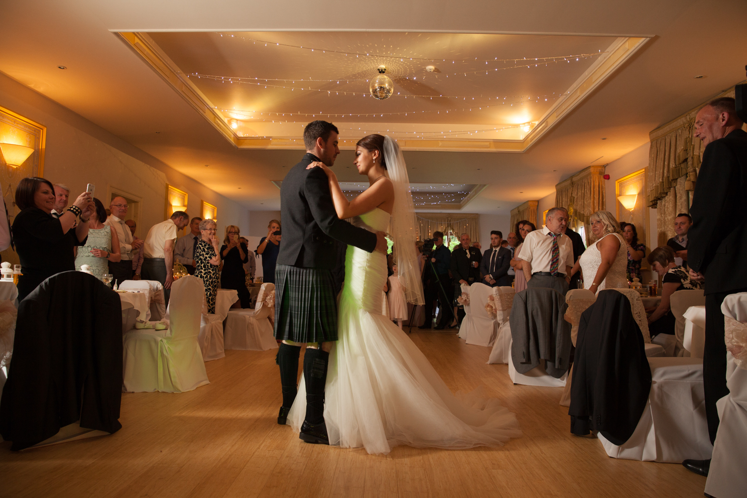 PICTORIAL_wedding_dryburgh_abbey_hotel_photographer_-292.jpg